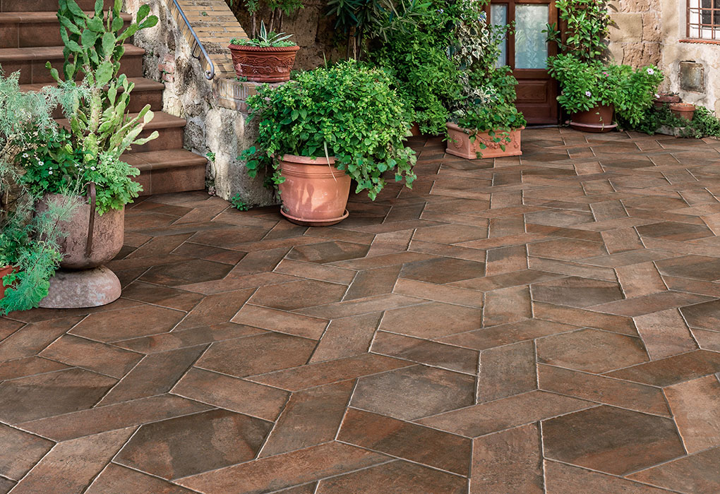 Exterior flooring tiles